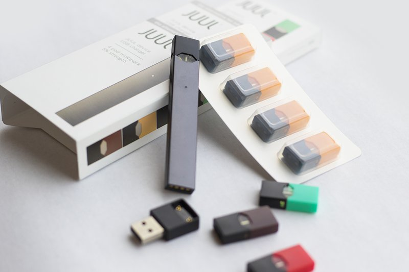 Black color Juul E-Cigarettes review with multiple colors